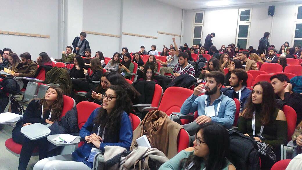 TÜGVA Başakşehir Münazara Okulu Öğrencileri Yeditepe Üniversitesi'nde!